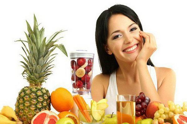 Nên bổ sung nhiều hoa quả trong khẩu phần ăn để lông mày nhanh bong