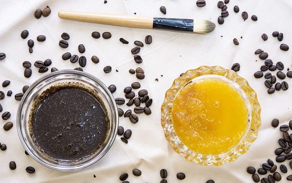 Bã cà phê và dầu dừa