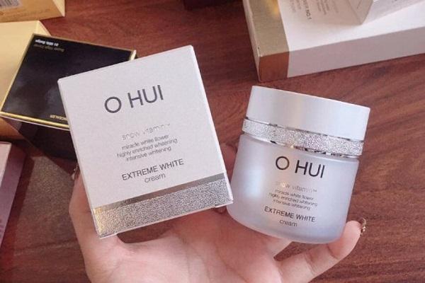 Kem Ohui Extreme White Cream