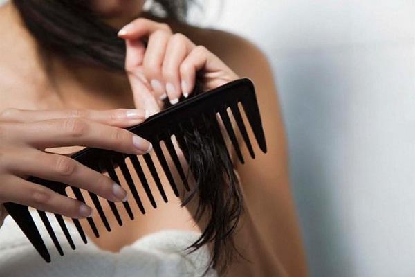 Chải tóc đúng cách
