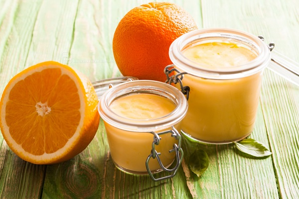 tắm trắng bằng cà phê và cam tươi