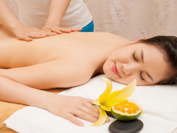 Tắm trắng cam Vitamin C giúp da nhanh bật tông