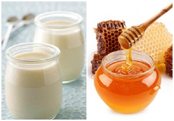tắm trắng tại nahf bằng sữa chua và mật ong