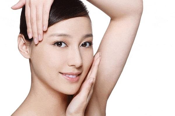 Da mặt sẽ trở lên mịn màng, sáng hồng rạng rỡ sau khi sử dụng mặt nạ tinh bột nghệ mật ong