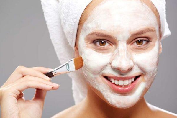 Sữa tươi không đườngmang lại nhiều tác dụng tuyệt vời đối với da mặt