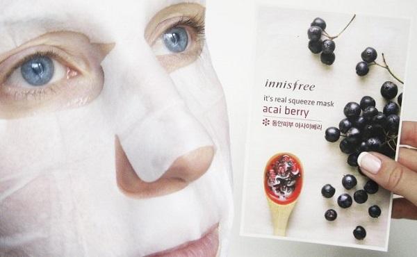 Có cần rửa mặt lại sau khi đắp mặt nạ không?