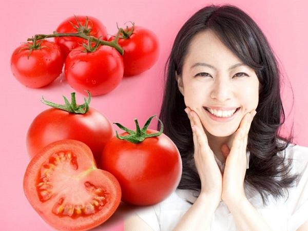 Mặt nạ se khít lỗ chân lông với cà chua