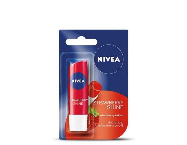 Son dưỡng môi sau khi phun Nivea
