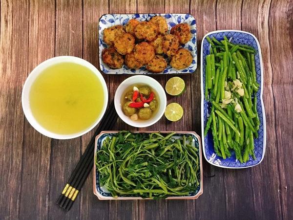 Thực đơn cơm trưa gia đình 15