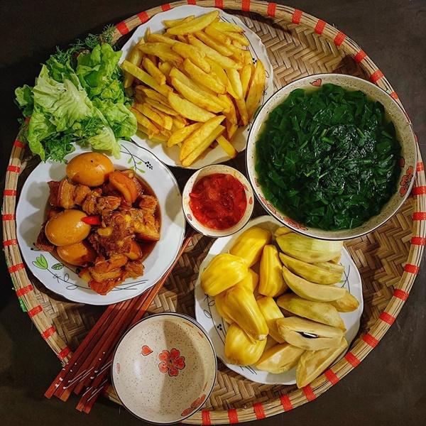 Thực đơn cơm trưa gia đình 6