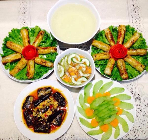 Thực đơn cơm trưa gia đình 7