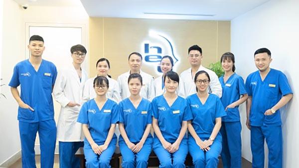 Viện thẩm mỹ Hà Nội với đội ngũ y bác sĩ nhiều năm kinh nghiệm trong phẫu thuật cắt mí