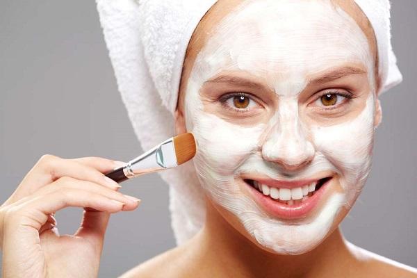 Mặt nạ dưỡng da từ sữa chua không đường