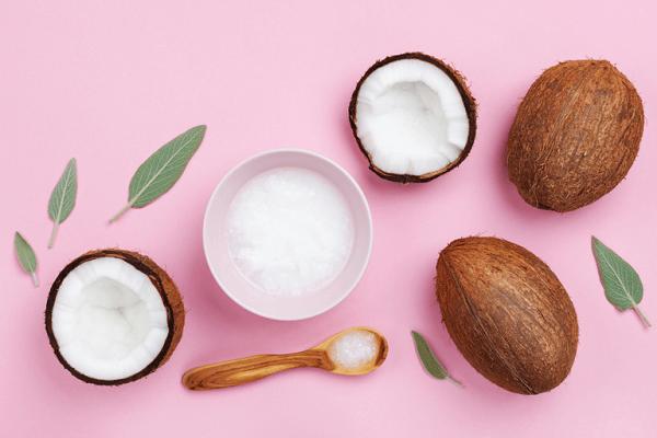 Trị sẹo trắng bằng dầu dừa