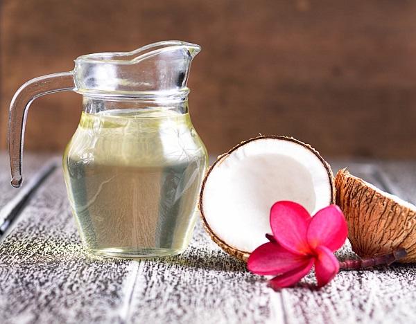 Lưu ý khi áp dụng cách dưỡng môi bằng dầu dừa