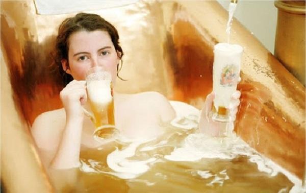Tắm trắng cấp tốc tại nhà bằng bia
