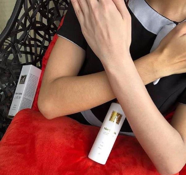 Review về công dụng sữa tắm trắng Mềm A Cosmetics