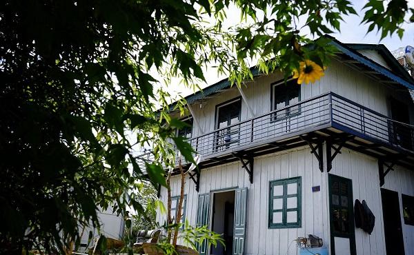 The Dalt Old - Home Aka Nhà Gió Homestay