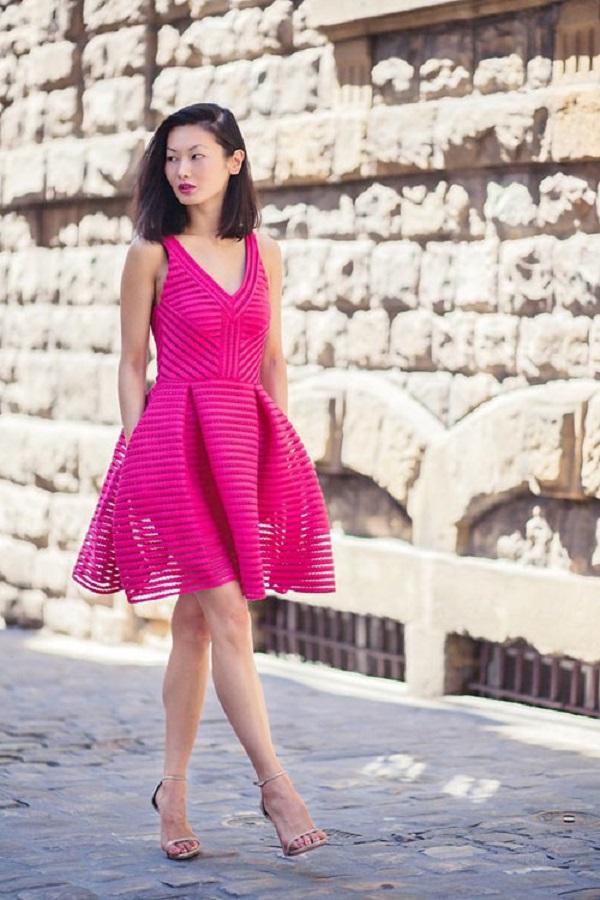 Da nâu nên mặc màu hồng tươi