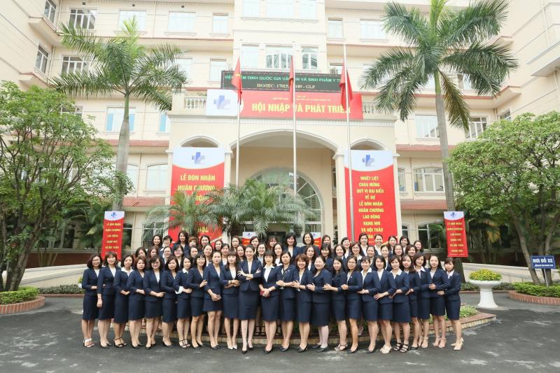 May đồng phục Vest Nguyễn