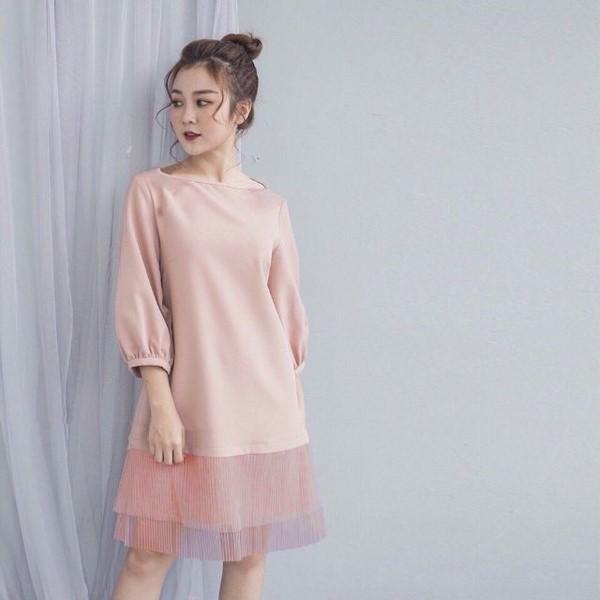 Váy suông-gợi ý cho phụ nữ tuổi 30 nên mặc gì