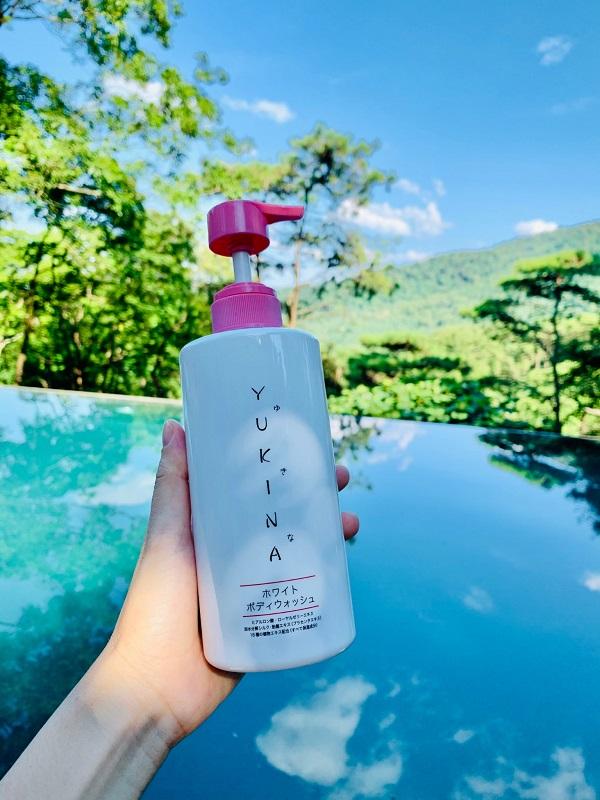 Hình ảnh sữa tắm Yukina White Body Wash
